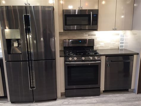 Should You Buy Black Stainless Steel Appliances? (Reviews