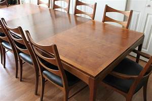 Lane Walnut Dining Room Table And Ten Chairs At 1stdibs