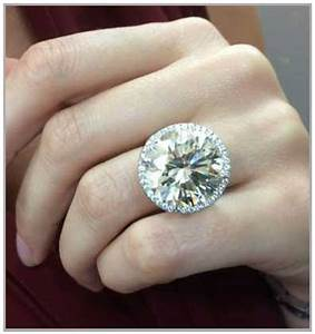big diamond engagement rings that excite With biggest diamond wedding ring