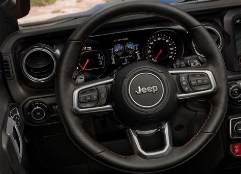 Latest technologies ⚡ of the 2021 jeep gladiator: 2021 Gladiator 392 V8 / 2021 Jeep Wrangler Rubicon 392 V8 ...