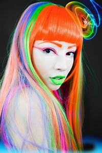 Nathan Jasztal 2012 alternative girl hairstyle blue