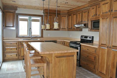 refaire les armoires de cuisine armoire de cuisine en bois ciabiz com