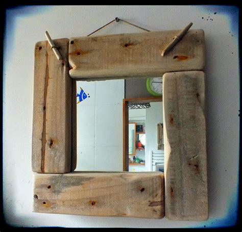 cadre en bois flotte decoration mutoz inc en bois flott 233 miroir avec cadre en bois flott 233 d 233 coration esprit upcycling