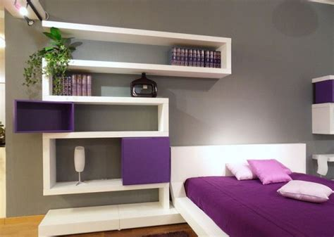 Unique White Painted Square Shape Modern Wall Shelves As