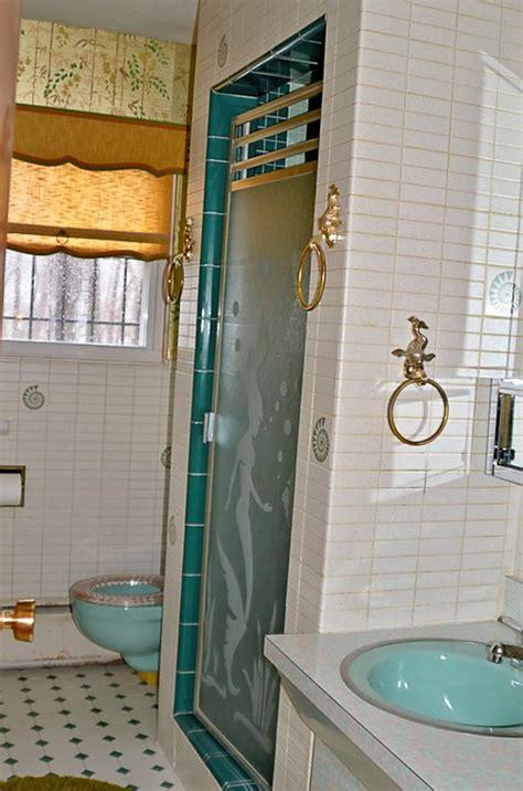 Bathroom Sink Vintage