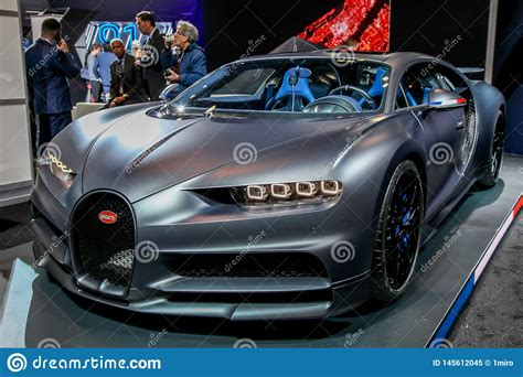 Bugatti and its ceo wolfgang dürheimer turned up to this past weekend's nürburgring 24 hours with the new chiron. Bugatti Chiron sport editorial image. Image of york - 145612045
