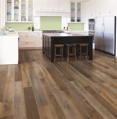 Mohawk Vinyl Plank Flooring by Best 25 Mohawk Flooring Ideas On Vinyl Plank
