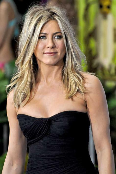 tv actress jennifer age jennifer aniston bio age height weight body