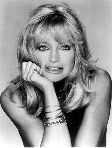 goldie hawn photo    pics wallpaper photo