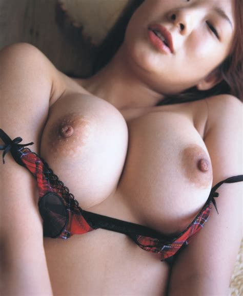Free Nude Pictures Sexy Japanese Av Actress Minori Hatsune Shows Off Her Busty Tits