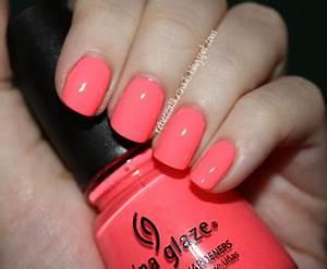 rebecca likes nails China Glaze Flip Flop Fantasy
