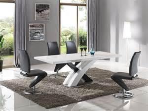 preview With salle À manger contemporaineavec table et chaise design