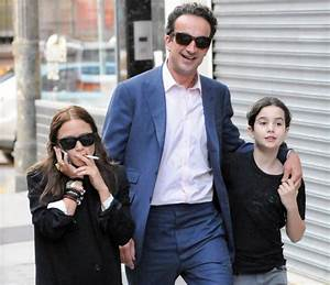 Mary-Kate Olsen Marries Olivier Sarkozy In New York ...