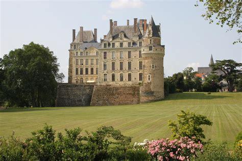 chambres d hotes chateaux chambres d 39 hôtes château de brissac chambres d 39 hôtes