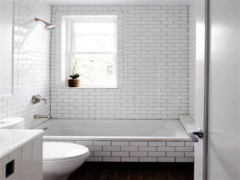 Small White Bathroom Tile Designs Gallery : Saura V Dutt