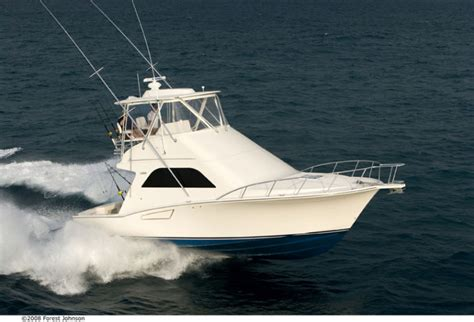 Cabo Boats by Research 2009 Cabo Yachts 38 Flybridge On Iboats