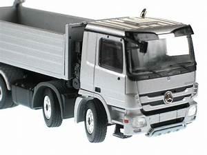 Mercedes Benz Actros Volquete 4 Ejes Plateado 1  50 Conrad