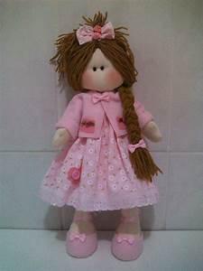 Patrón de muñeca rusa con vestido Patrones gratis