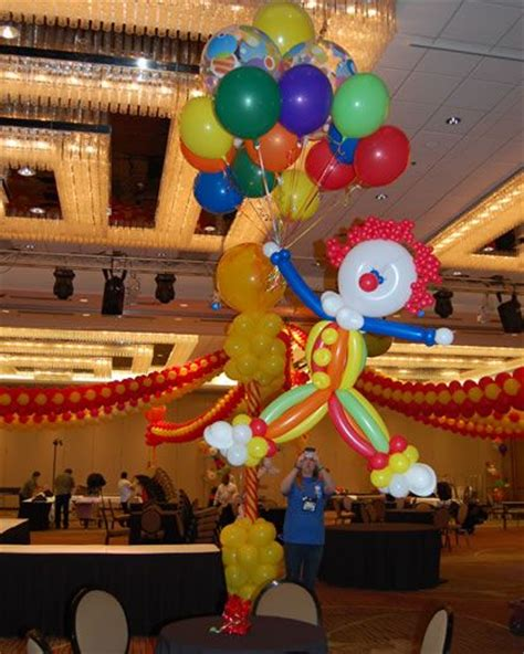 17 Best Images About Circus Balloon Decor On Pinterest