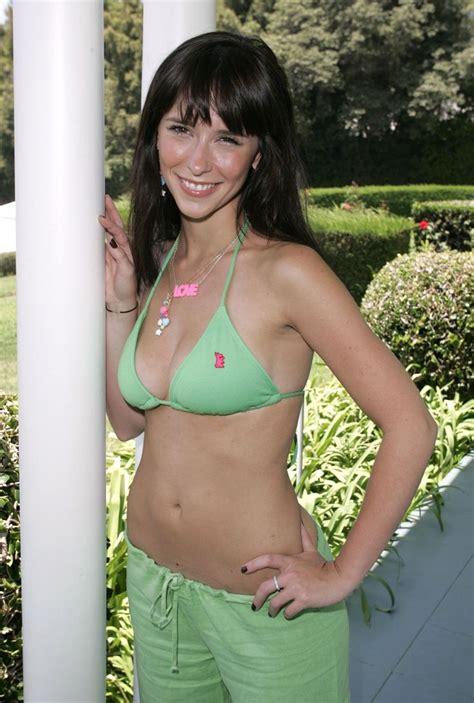 actress similar to jennifer love hewitt jennifer love hewitt green bikini google search