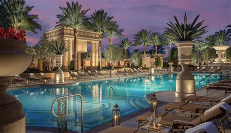 Top 20 Las Vegas Resort Pools (part 1
