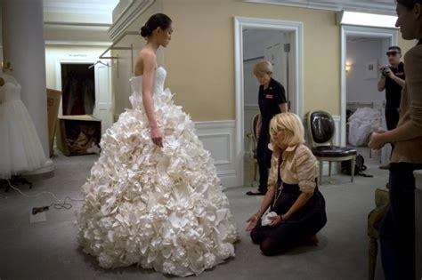 des robes de mari 233 es en papier toilette vous avez d 233 j 224 vu