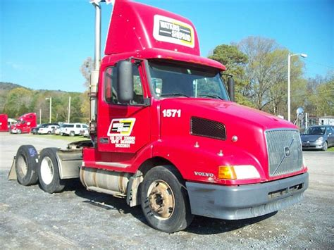 volvo big truck for sale 2002 volvo vnl64t300 day cab semi truck for sale 408 154