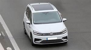Avis Touran : dtails des moteurs volkswagen touran 2015 consommation et avis 1 2 tsi 110 ch 2 0 tdi 150 ch ~ Gottalentnigeria.com Avis de Voitures