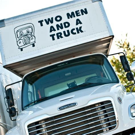 long distance movers  men   truck