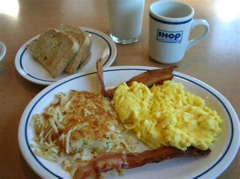 how to make ihop eggs two eggs and bacon picture of ihop florence tripadvisor
