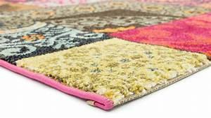 tapis salon multicolore 10 idees de decoration With tapis salon multicolore