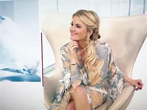 Ntv Deluxe Moderatorin : jennifer kn ble hippie happy me wir sehen uns heute facebook ~ Eleganceandgraceweddings.com Haus und Dekorationen