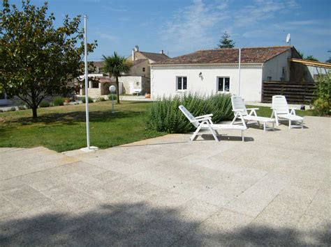 chambres d hotes charentes maritimes chambres d hotes charente maritime gite saintes gites royan