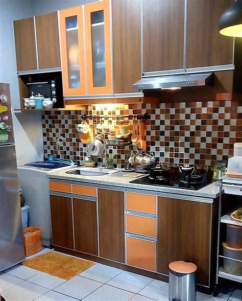 desain dapur minimalis ukuran kecil  keramik dinding