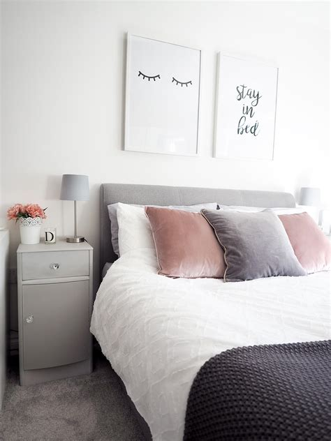 Bedroom Decor by 14 Best Trendy Bedroom Decor And Design Ideas For 2019