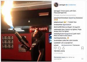 Lance Flamme Tesla : elon musk fume un norme joint au cours d 39 une interview film e et partage la vid o sur twitter ~ Melissatoandfro.com Idées de Décoration