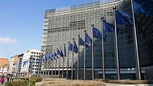 EC finds against Hungarian ad tax
