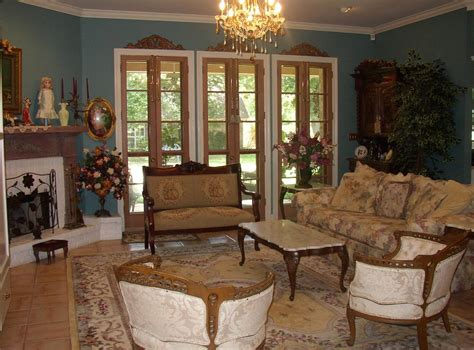 A typical victorian living room is very orderly, formal and precise. 16 Ideas of Victorian Interior Design