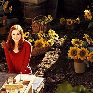 Amy pond and sunflower | Doctor Who | Pinterest