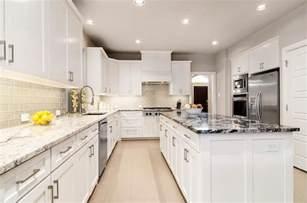 kitchens with tile backsplashes rta white kitchen cabinets cabinet mania