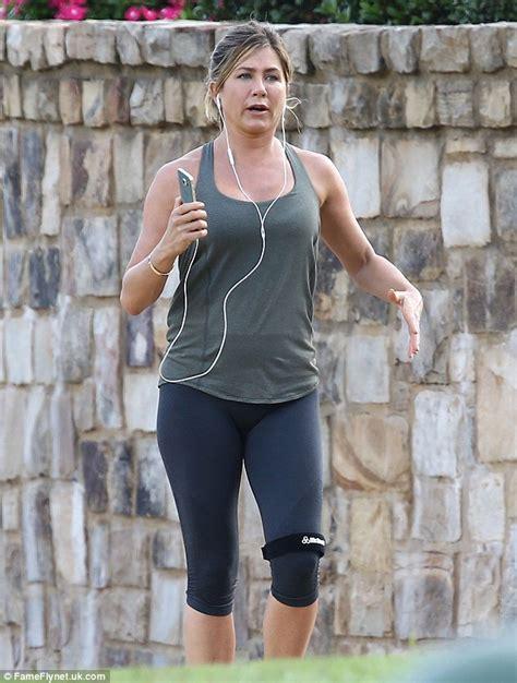 Diet Jennifer Aniston Jennifer Aniston Shows Off A Fuller Face Following