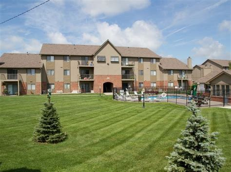 furnished apartments  rent  omaha ne zillow