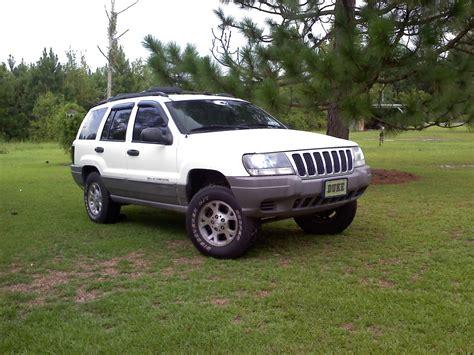 Yungkyle27 2000 Jeep Grand Cherokeelaredo Sport Utility 4d