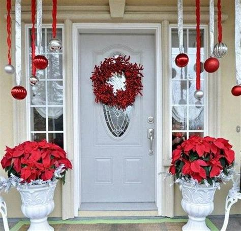 christmas decorating ideas for front porch 40 cool diy decorating ideas for christmas front porch family holiday net guide to family
