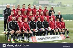 The German women's national soccer team with head coach ...