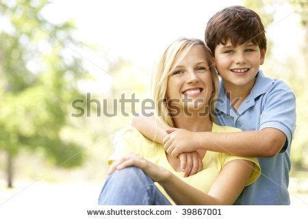 mother  son picture poses mother  son cute