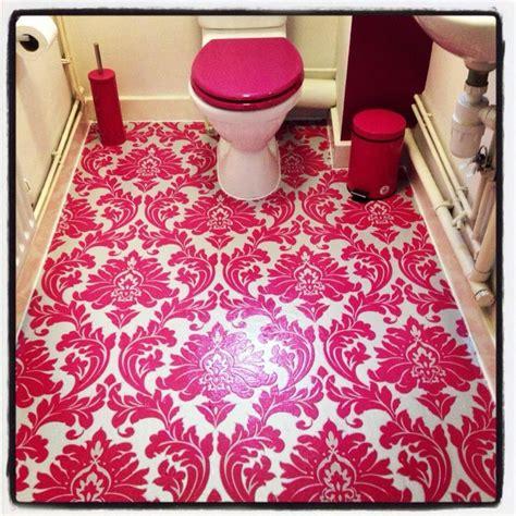 wallpaper floors ideas wallpaper polyurethane on toilet floor home diy with a twist pint