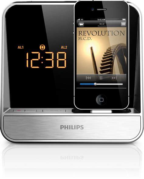iphone clock radio alarm clock radio for ipod iphone aj5300d 37 philips