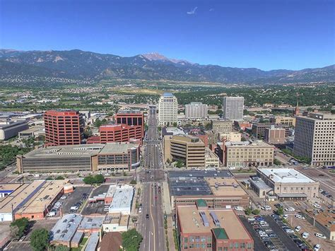Downtown Colorado Springs: Discover the area and find a home