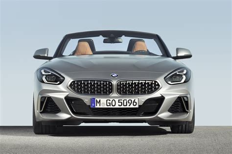 The new bmw z4 is a totally different car compared with the one from before. 2020 BMW Z4 Full Specs, New Photos Released Ahead of Paris ...